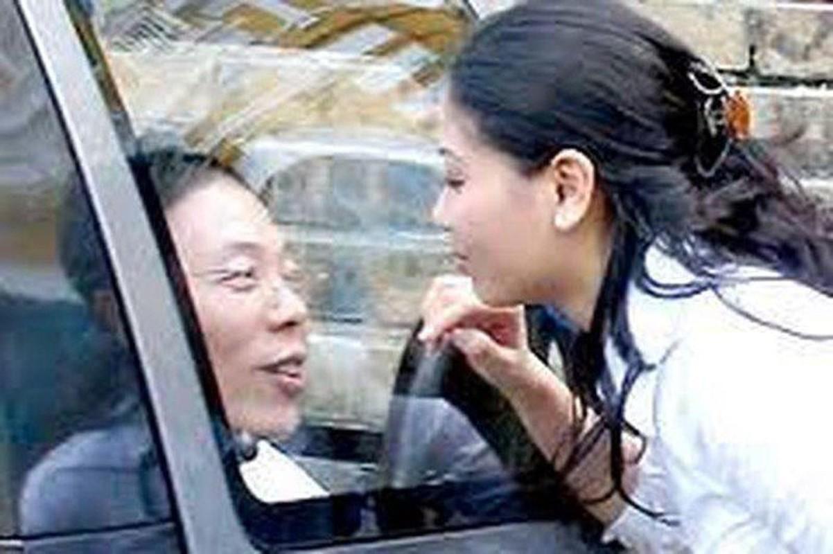 """Goc khuat doi tu cua dai gia tung """"xo kham"""" vi buon lau dien thoai-Hinh-6"""