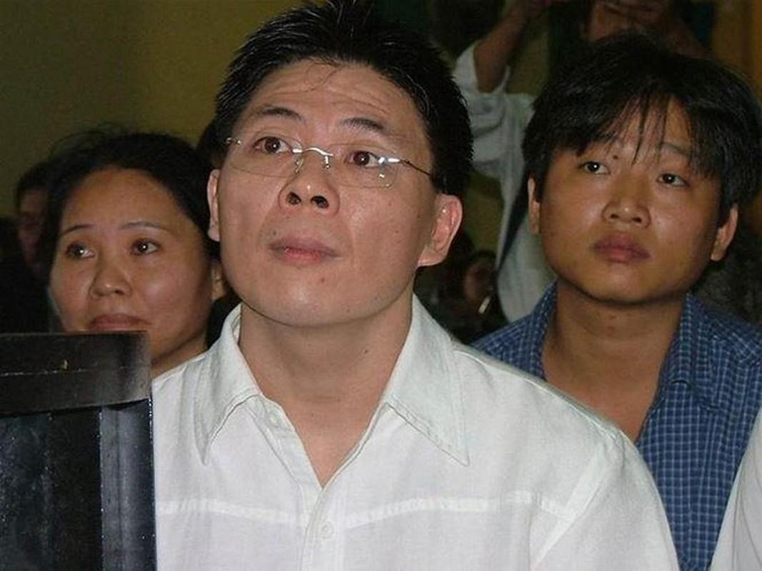 """Goc khuat doi tu cua dai gia tung """"xo kham"""" vi buon lau dien thoai"""