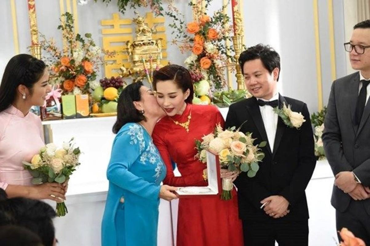 He lo than the nu dai gia Sai Gon tung nghi hoc, di lam giup viec-Hinh-10