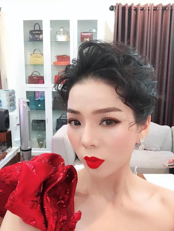 BST nhan kim cuong cua dai gia Vbiz Le Quyen khien dan tinh