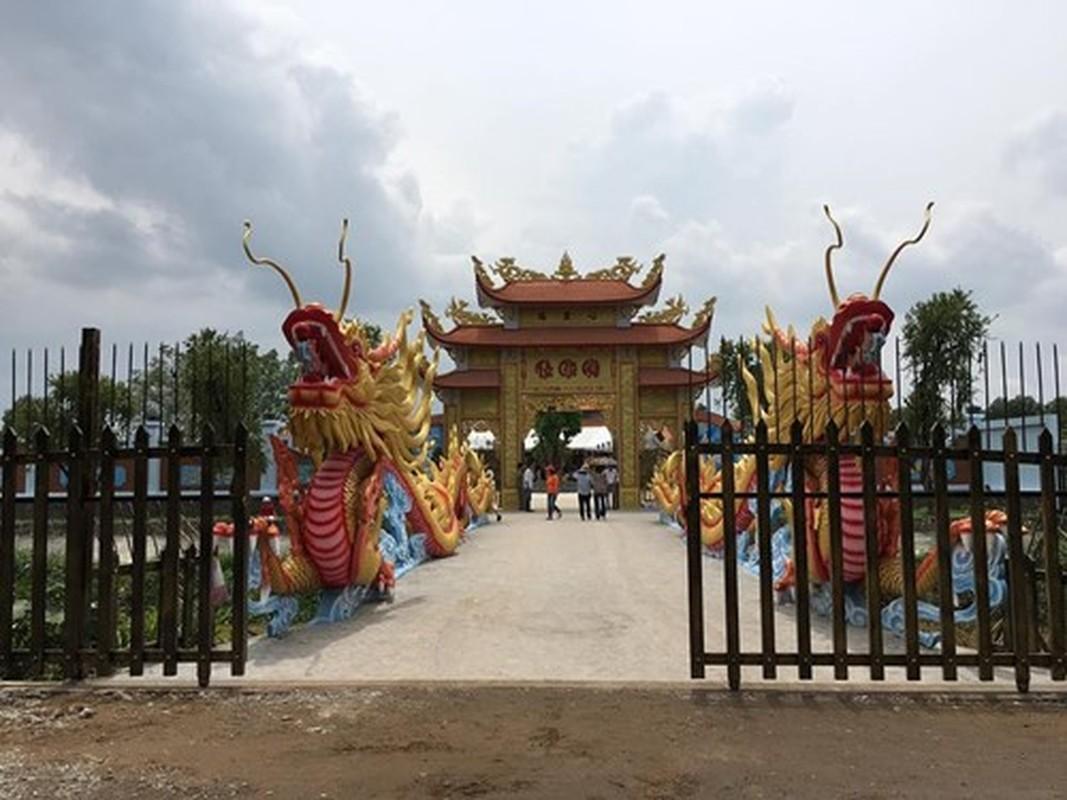 Toan canh kien truc nha tho To hoanh trang cua Hoai Linh-Hinh-4