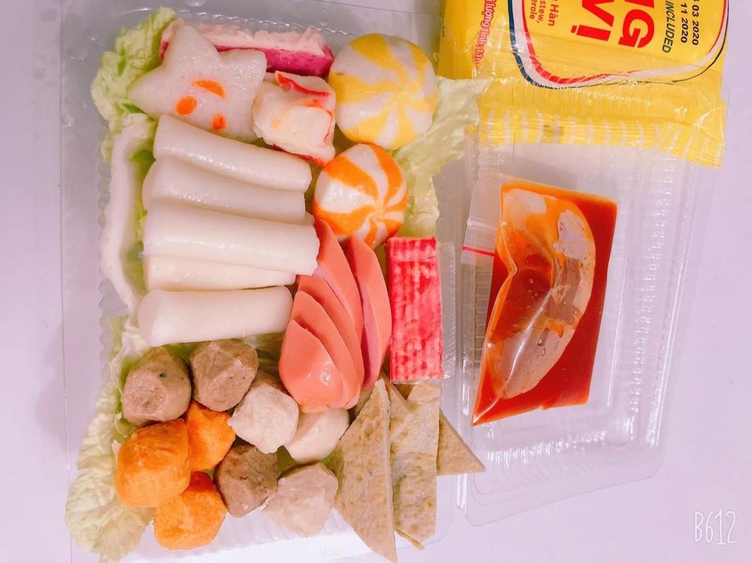 Hai hung su that dang sau set lau tokbokki gia sieu re tran cho mang-Hinh-3