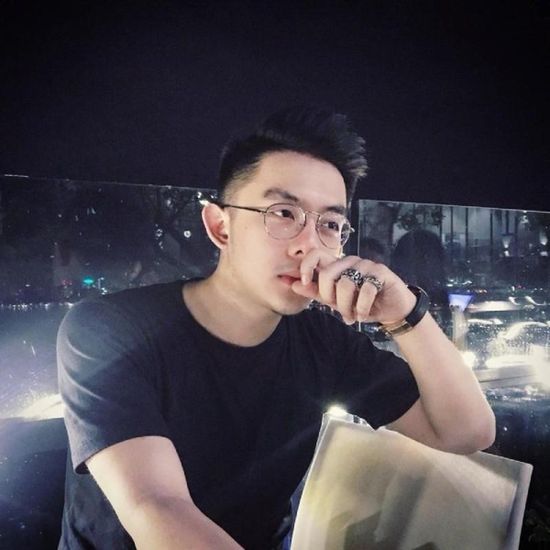 CEO Tong Dong Khue nghi lo clip nong giau co co nao?-Hinh-6