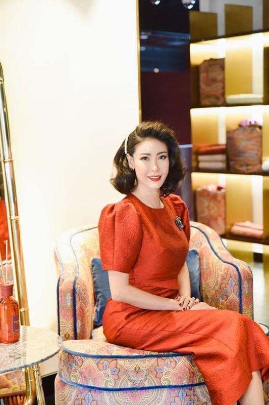 """Penhouse """"dat vang"""" nhu cung dien cua Hoa hau Ha Kieu Anh"""