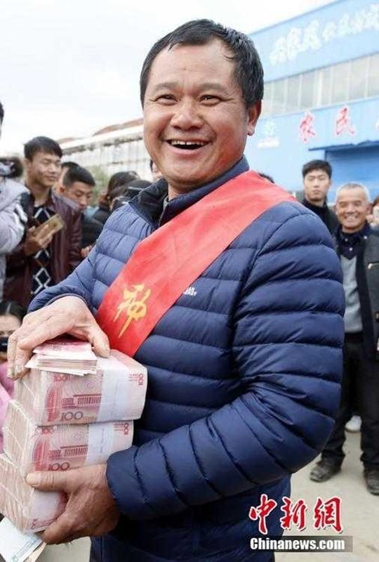 """Choang ngop cach dai gia Trung Quoc """"vung tien"""" thuong Tet-Hinh-10"""