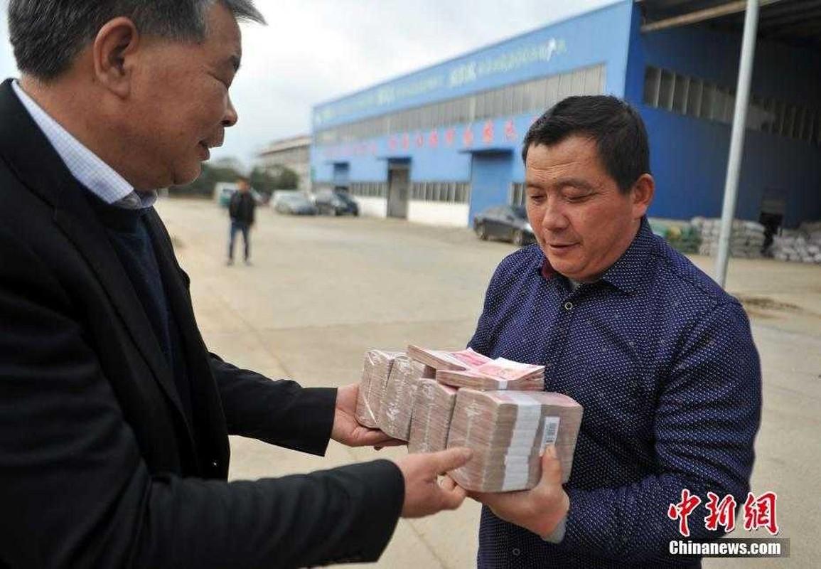 """Choang ngop cach dai gia Trung Quoc """"vung tien"""" thuong Tet-Hinh-8"""