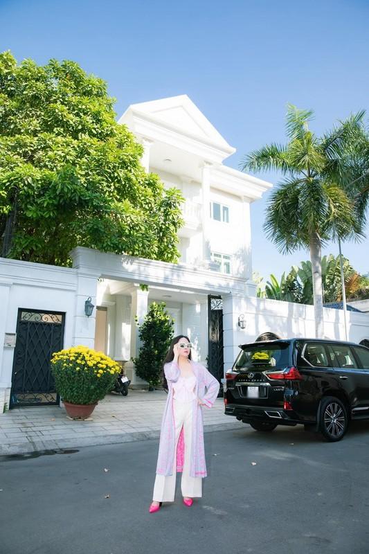 Khoi bat dong san tien ty cua Quach Ngoc Ngoan - Phuong Chanel-Hinh-3