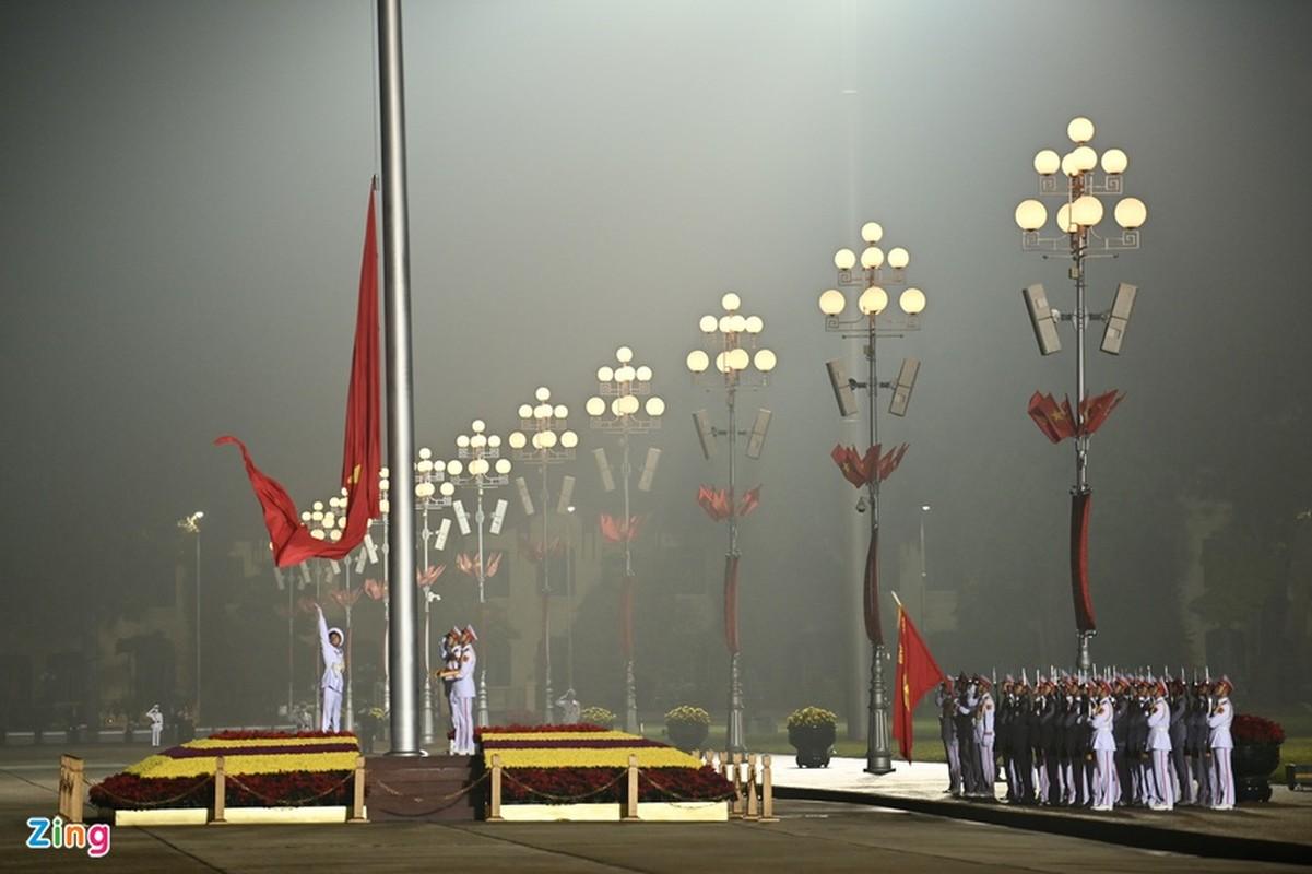 Dai hoi Dang lan thu XIII: Cac dai bieu vieng Chu tich Ho Chi Minh-Hinh-3