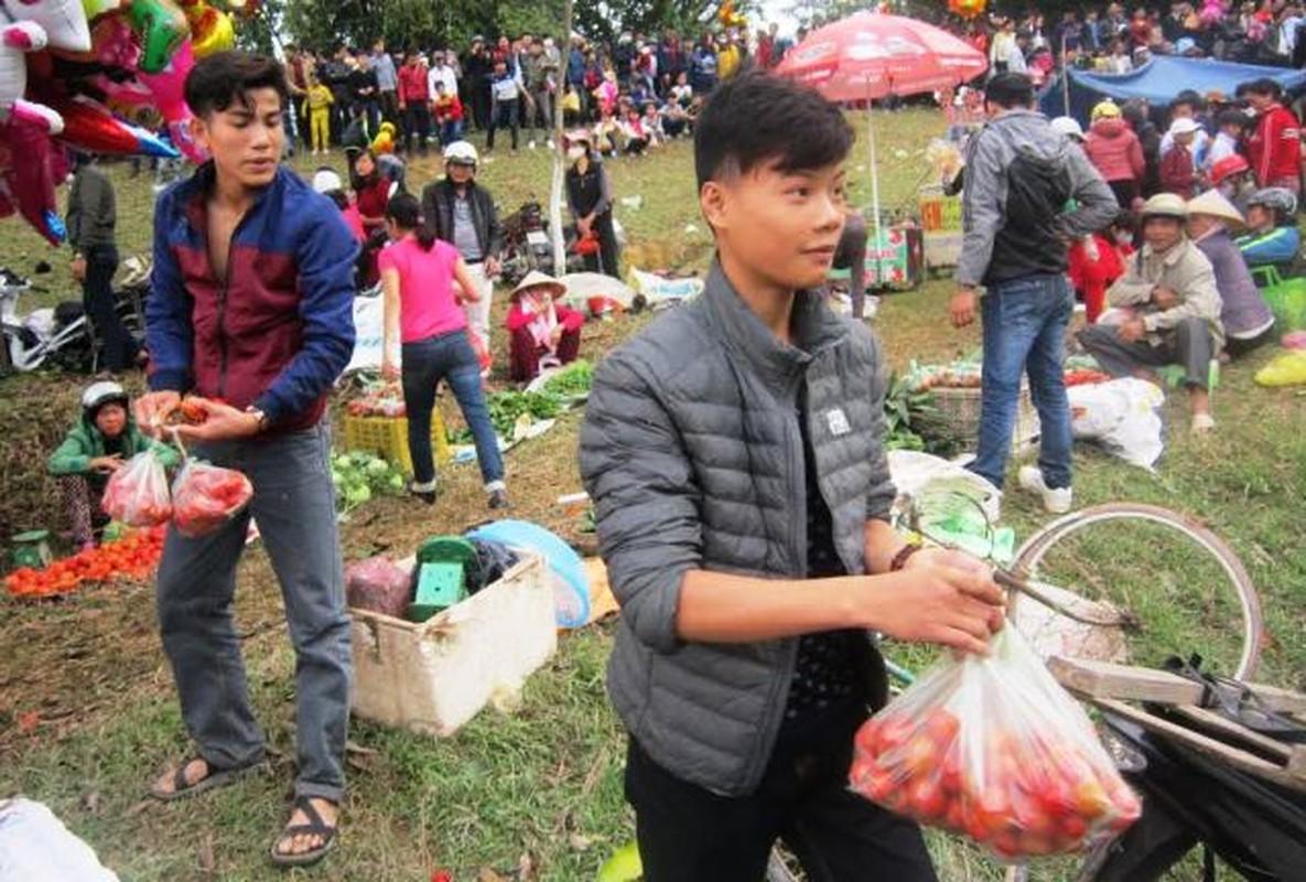Doc dao nhung phien cho Tet chi hop dau nam-Hinh-9
