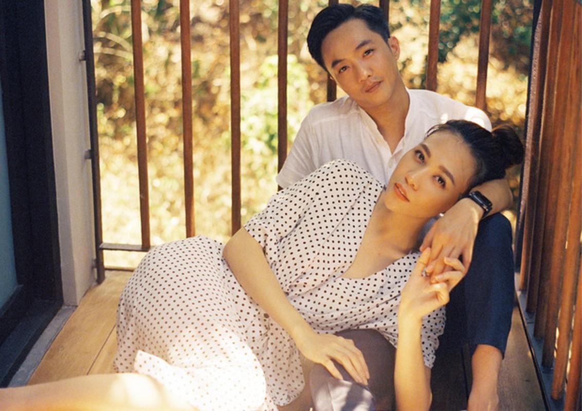 Soi gia loat xe sang vo chong Cuong Do La - Dam Thu Trang tang nhau-Hinh-4