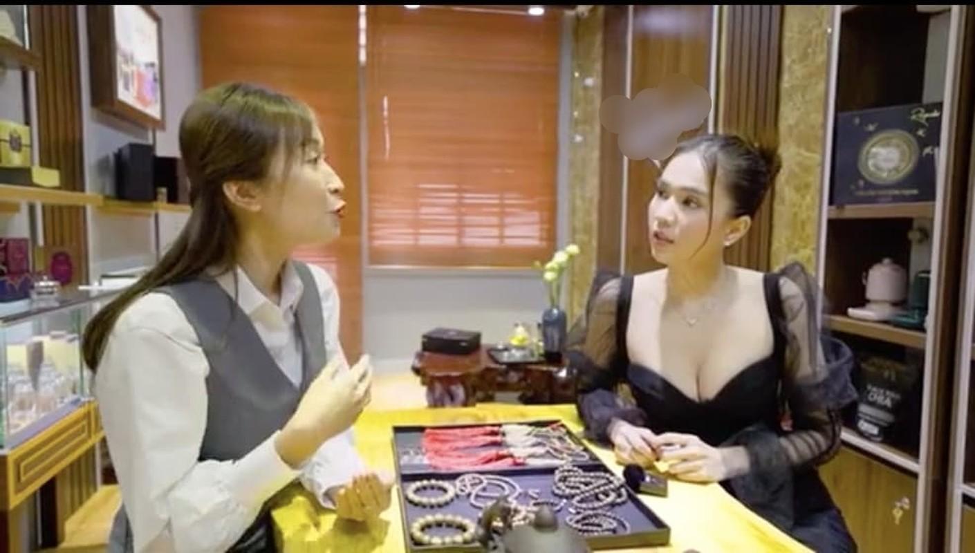 """Sao Viet """"bao tay"""" chi tien sam do Tet the nao?-Hinh-7"""