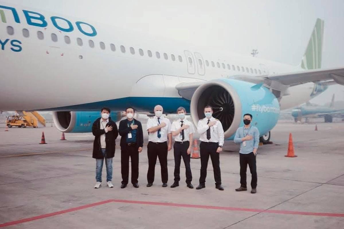 May bay moi Bamboo Airways vua tau giua COVID-19 hien dai co nao?-Hinh-5