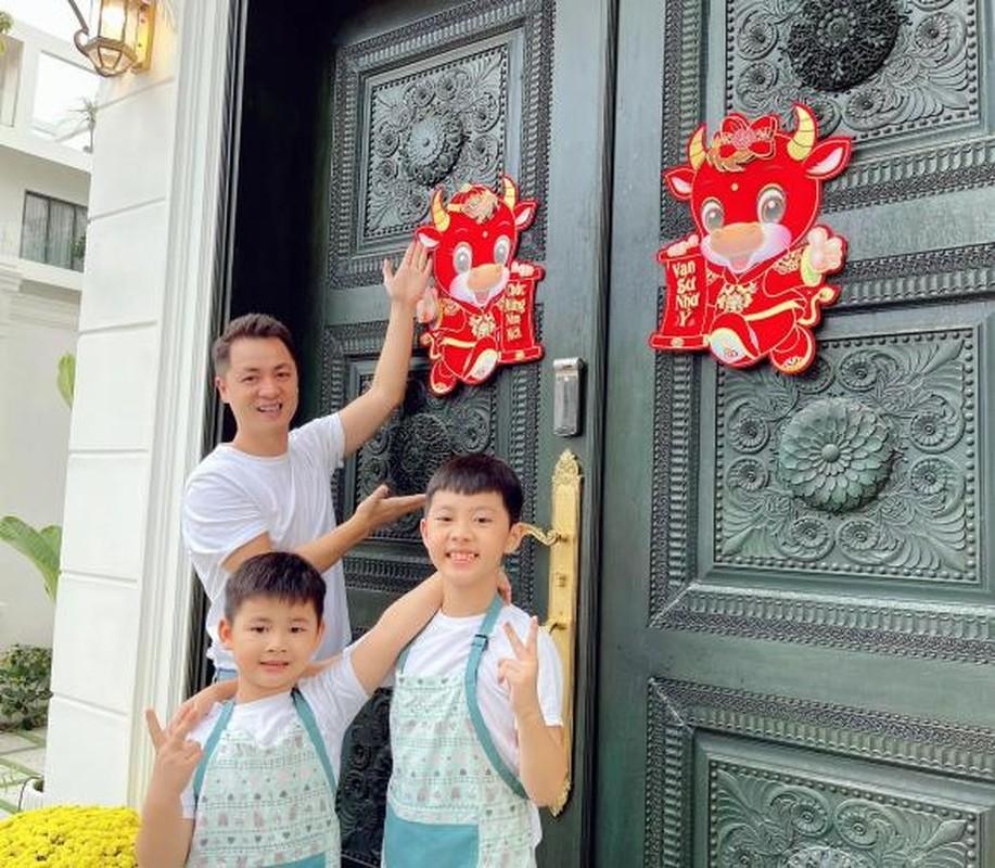 Biet thu 2 trieu USD ngap khong khi Tet cua vo chong Dang Khoi-Hinh-2
