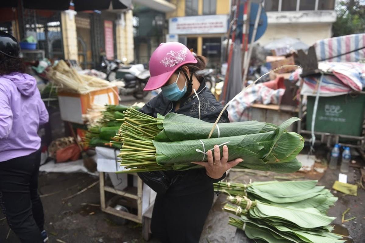 Cho la dong lau doi nhat Ha Noi vang khach ngay giap Tet-Hinh-4