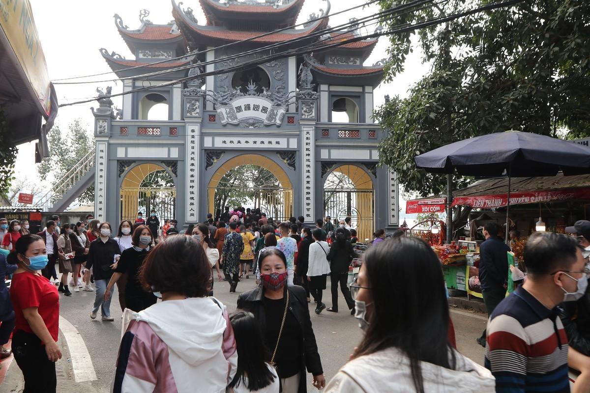 Dong nguoi do ve di le, Phu Tay Ho 3 lan tam dong cua-Hinh-5