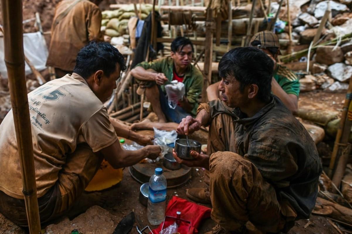 Noi da ga nghe khai thac da quy bat chap mang song o Myanmar-Hinh-10