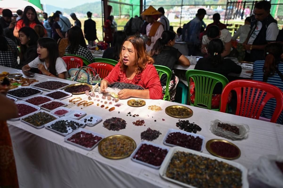 Noi da ga nghe khai thac da quy bat chap mang song o Myanmar-Hinh-13