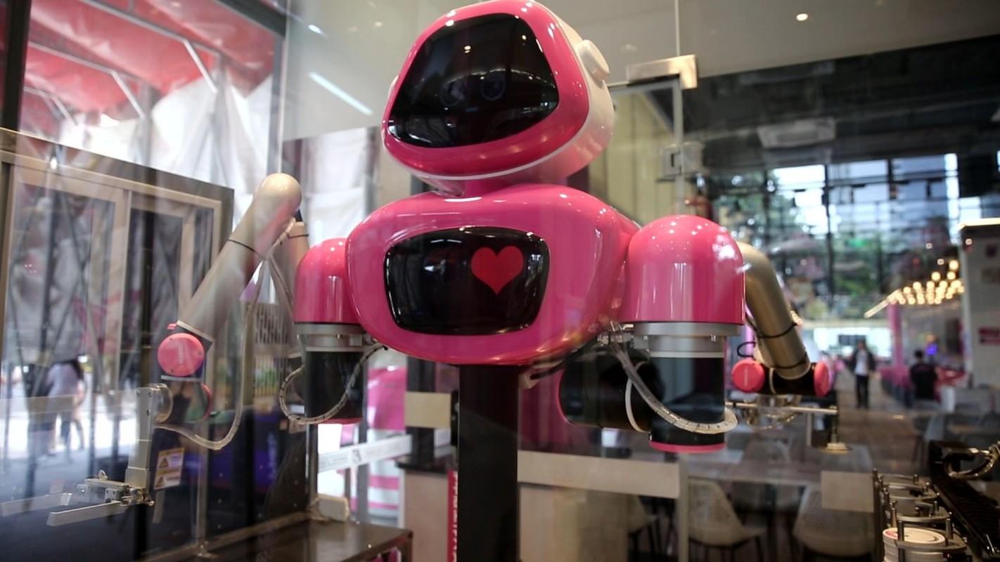 Dot nhap nha hang co robot phuc vu khien khach hang chen chan dat cho-Hinh-11