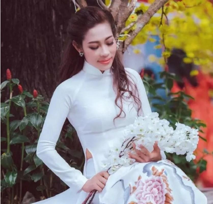 Khoi tai san do so cua cac cap chi em giau co bac nhat Vbiz-Hinh-2