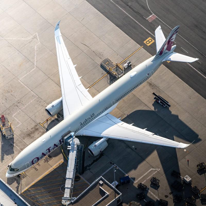 """Kham pha """"sieu may bay"""" Airbus A350 bi chim troi lam rach vo canh-Hinh-10"""