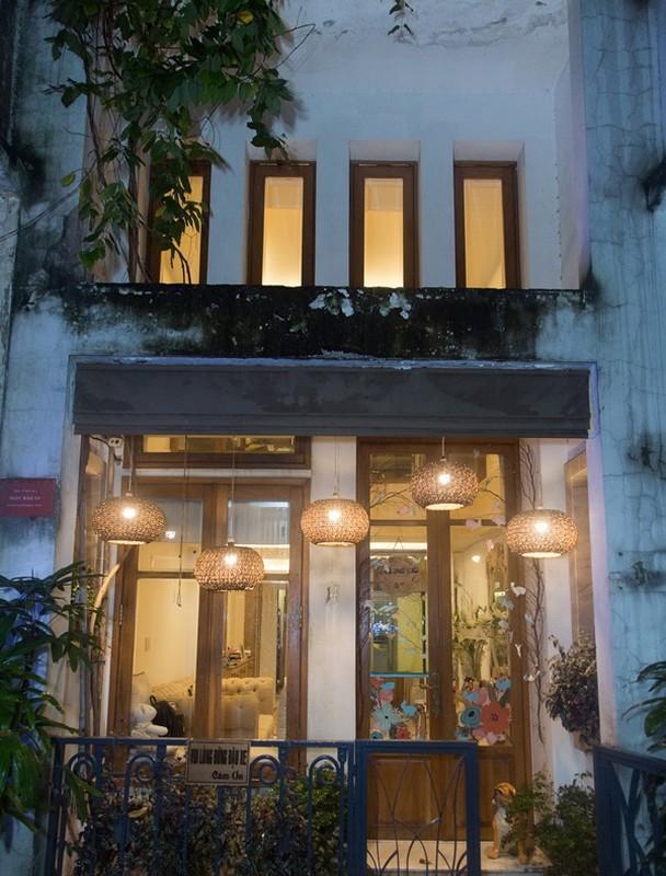 Duoc chong dai gia tang manh dat 5000 m2, Phan Nhu Thao giau co nao?-Hinh-2