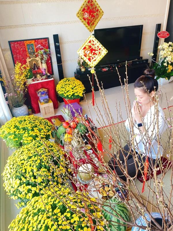 Ben trong can ho cao cap cua Hoa hau Khanh Van-Hinh-5