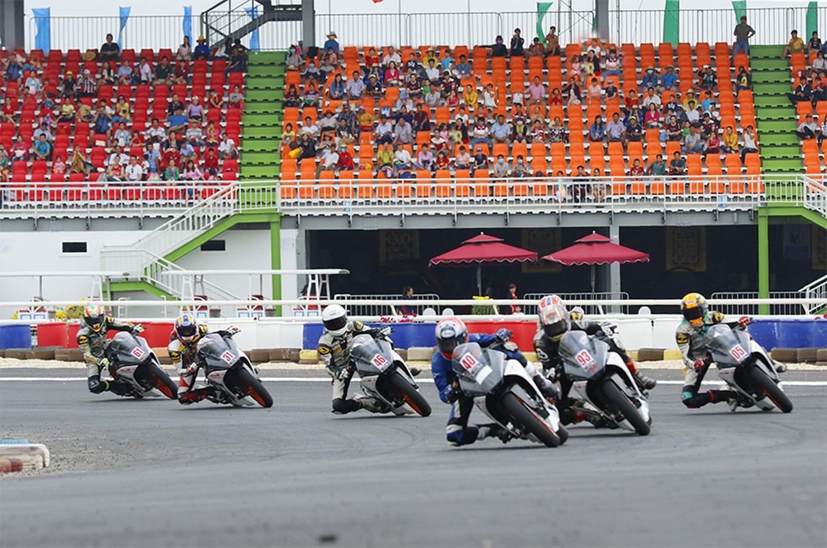 Truong dua ngua 2.300 ty duoc xay sau mot cau ngau hung cua ba Phuong Hang-Hinh-11