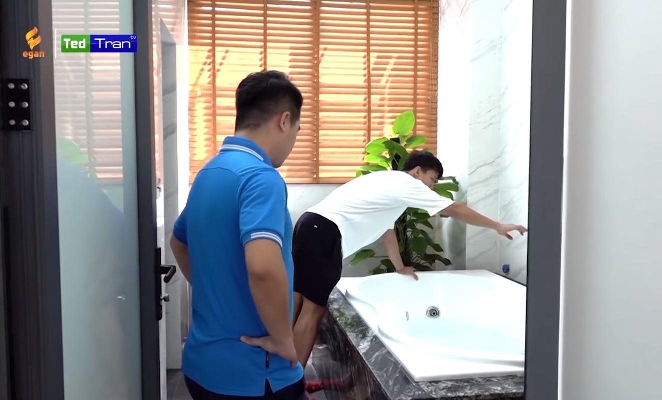 Kham pha ngoi nha moi khang trang cua Que Ngoc Hai tai Vinh-Hinh-14