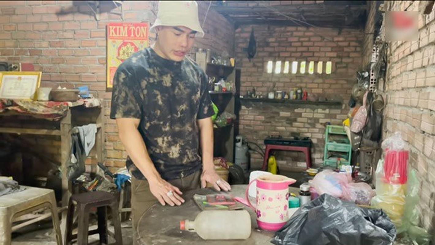 Can nha cu thoi chua noi tieng cua Le Duong Bao Lam-Hinh-2