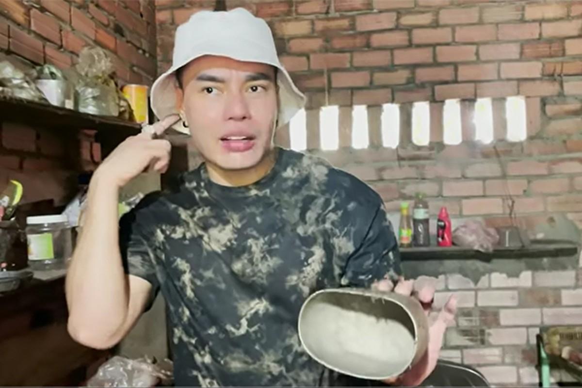 Can nha cu thoi chua noi tieng cua Le Duong Bao Lam-Hinh-8