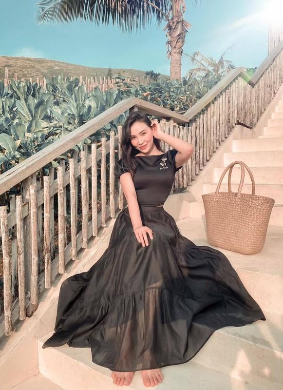 Cuoc song xa hoa cua nguoi mau Quynh Thu bi don yeu Tien Linh-Hinh-3