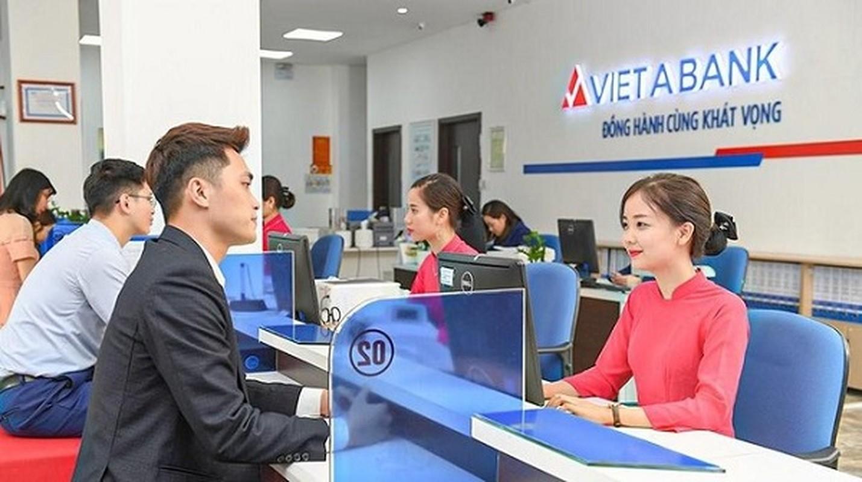 """Lau dai ruou vang """"khung"""" cua ong chu Rang Dong chia tay nha bang Viet A"""