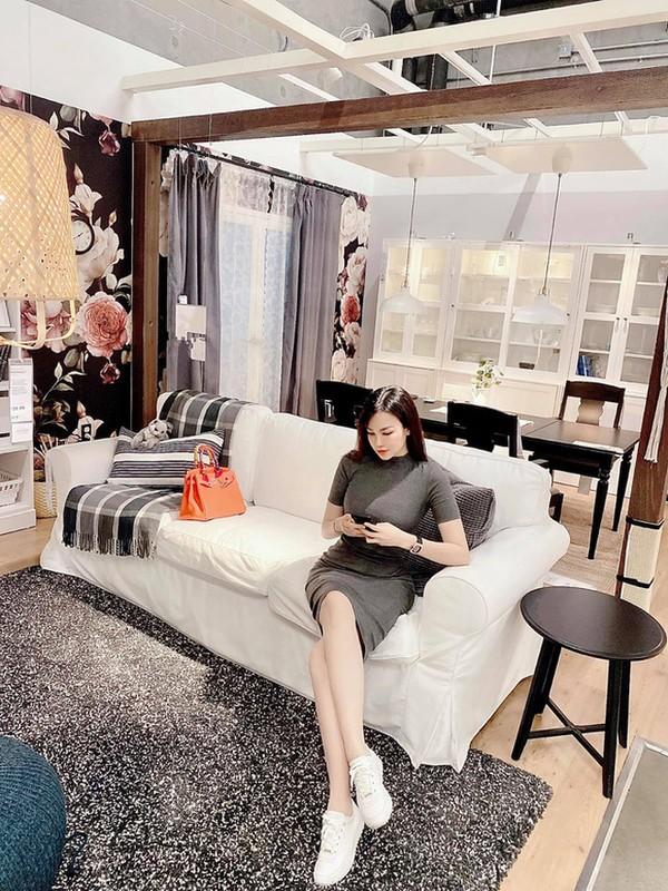 Choang con dau ty phu bo cu Ngoc Trinh om hang chuc tui Hermes mot lan shopping-Hinh-6