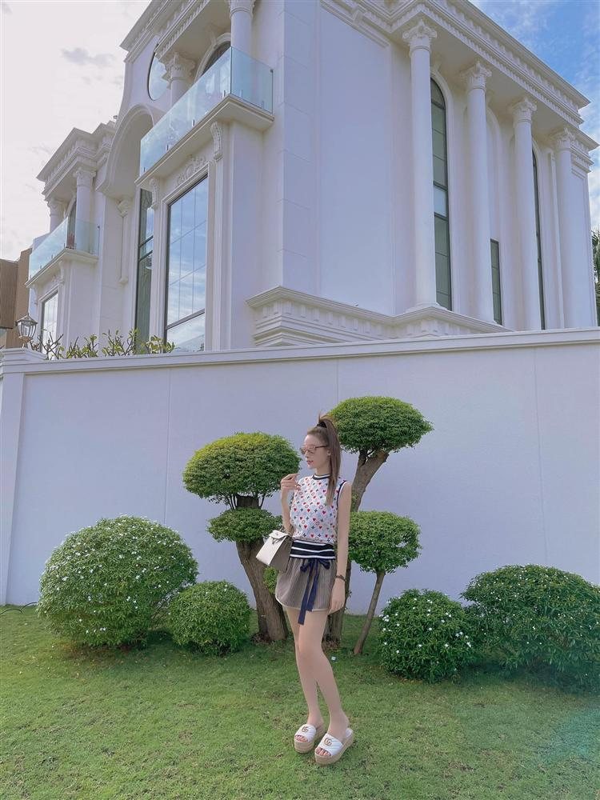 Lam dau hao mon, hot girl Viet song sang chanh the nao?-Hinh-5