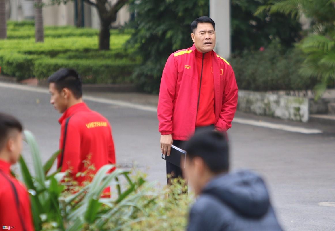 Doi tuyen Viet Nam di bo, tha long truoc tran chung ket AFF Cup-Hinh-3