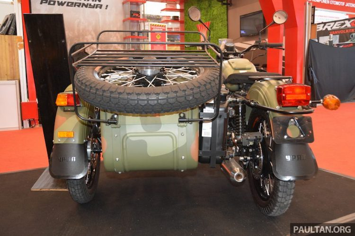 "Moto ""xit-do-ca"" 3 banh Ural 2016 gia tu 553 trieu dong-Hinh-9"