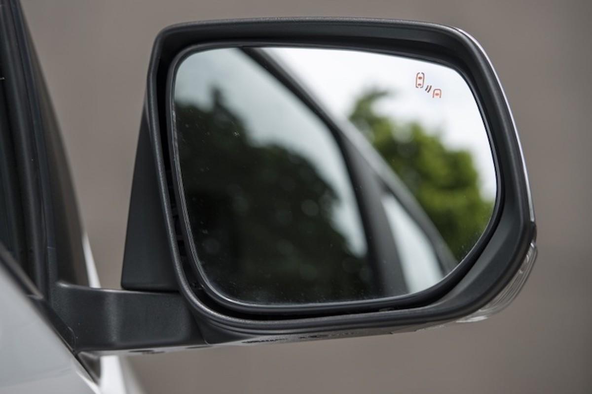 Chevrolet ra mat SUV Trailblazer 2017