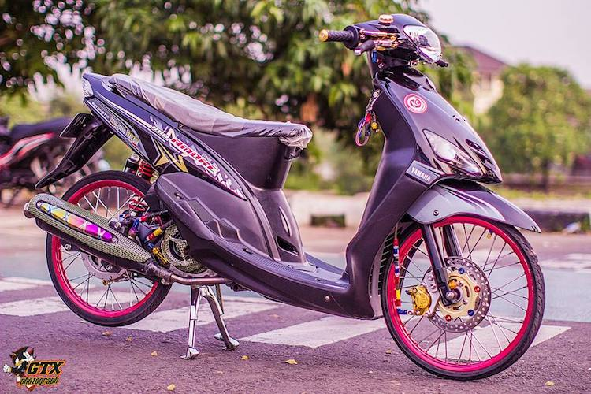 Scooter Yamaha Mio doi dau do drag kieng cuc chat