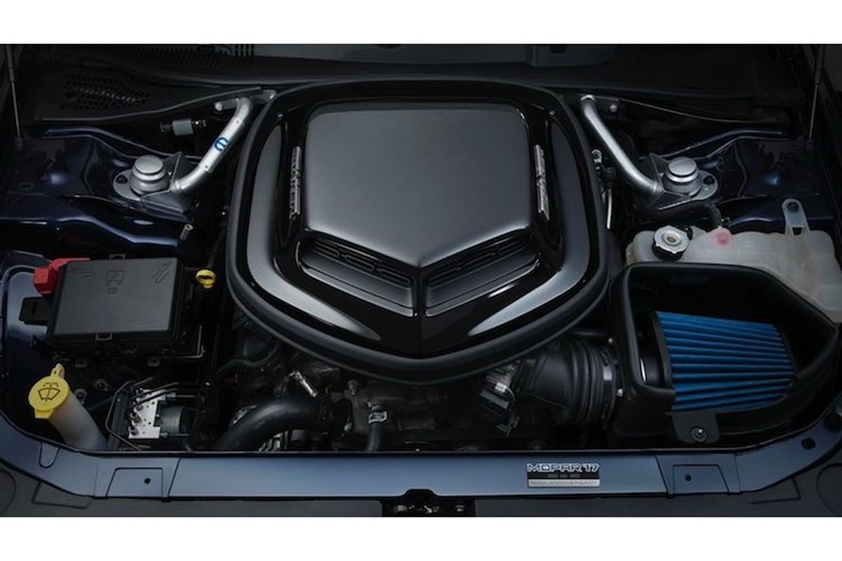Xe co bap Dodge Challenger ban dac biet gia 1,29 ty-Hinh-5