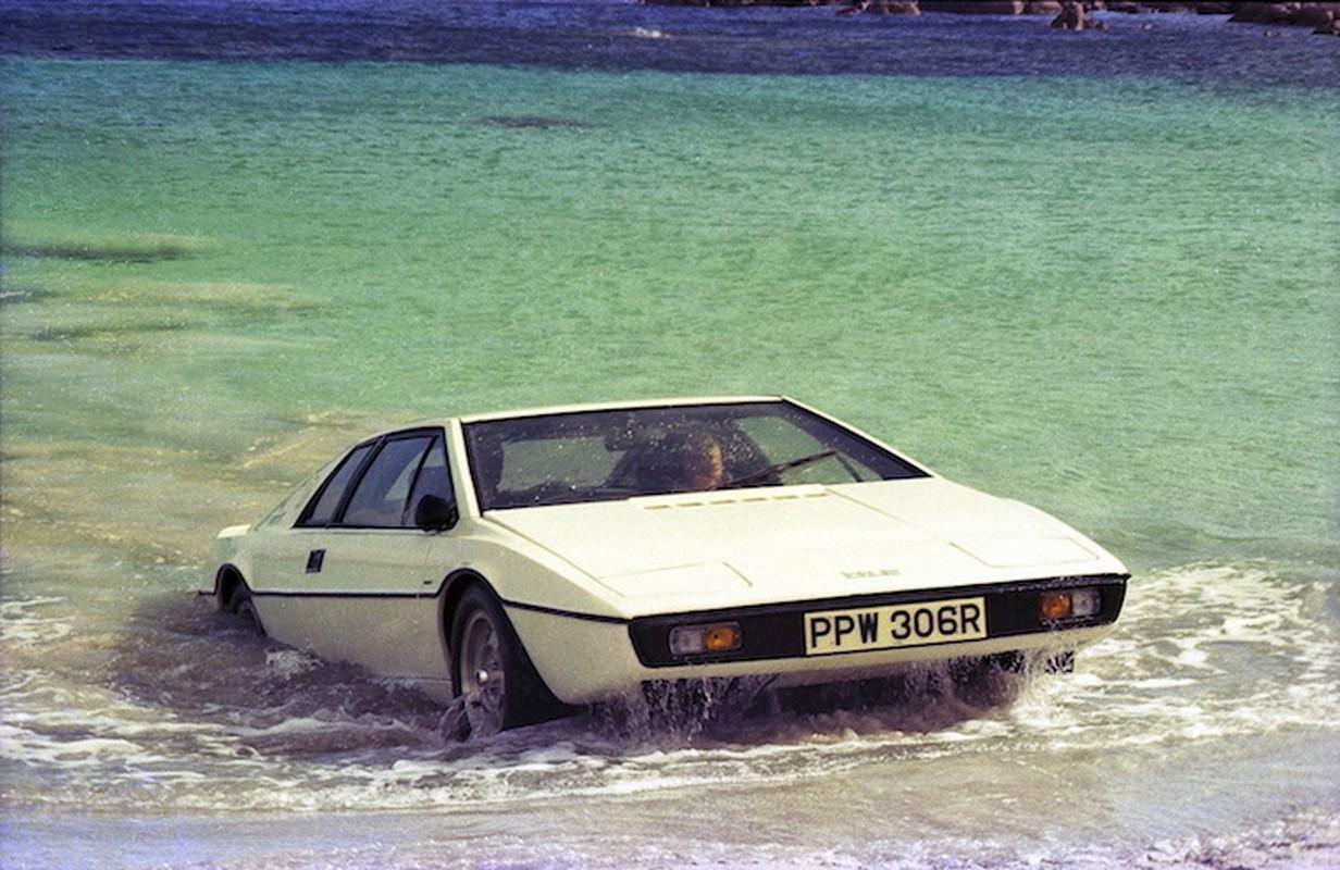 "Sieu xe ""tau ngam"" Lotus Evora cua James Bond gia 2,2 ty"
