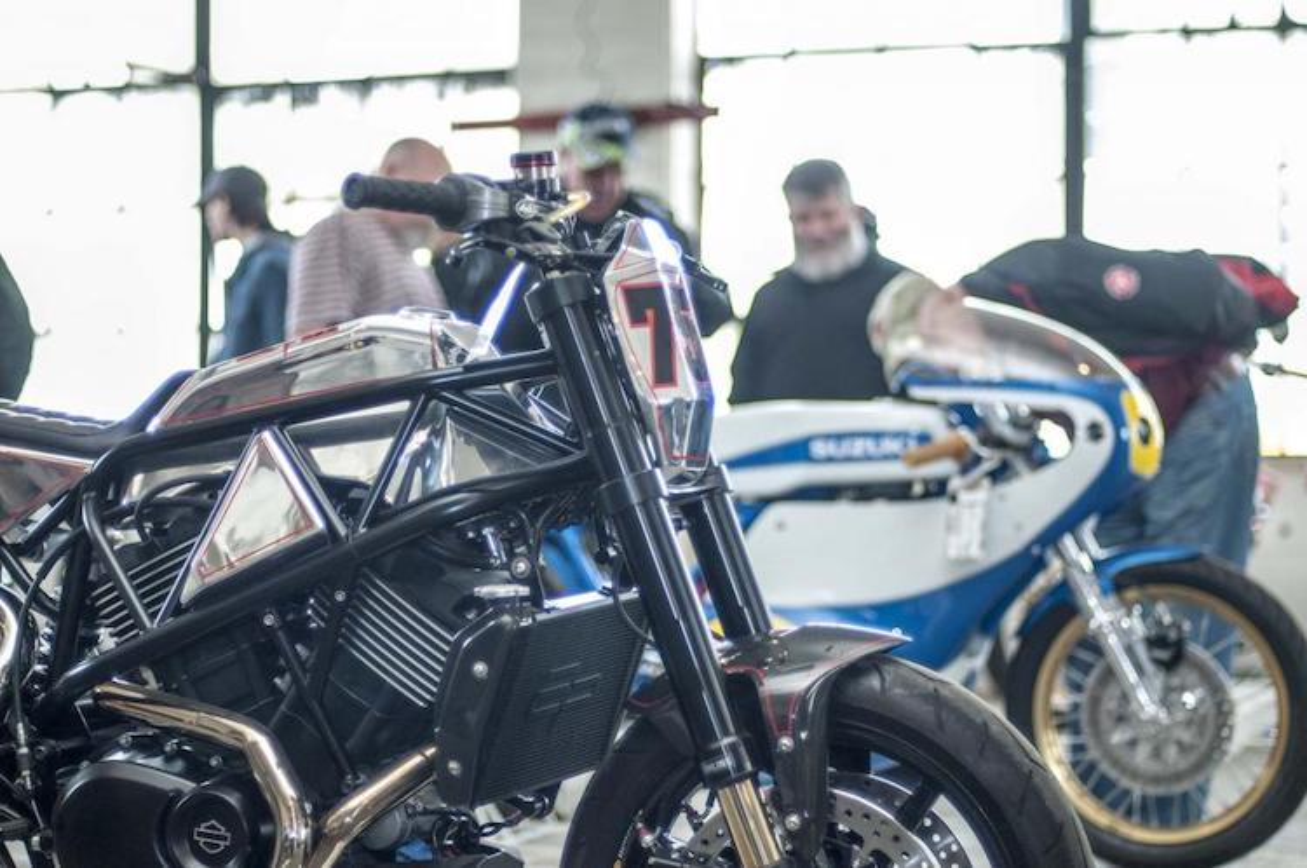 "Ngam Harley-Davidson Street 750 ""lot xac"" tracker sieu doc-Hinh-4"