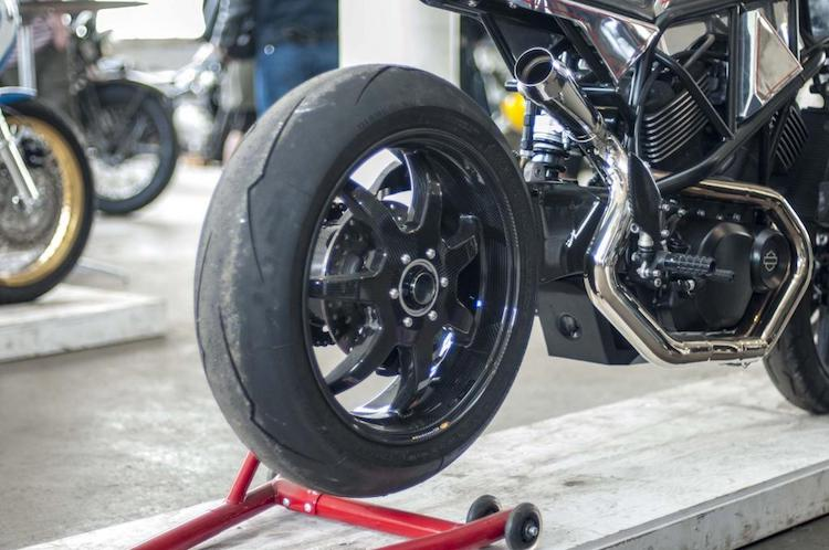 "Ngam Harley-Davidson Street 750 ""lot xac"" tracker sieu doc-Hinh-6"