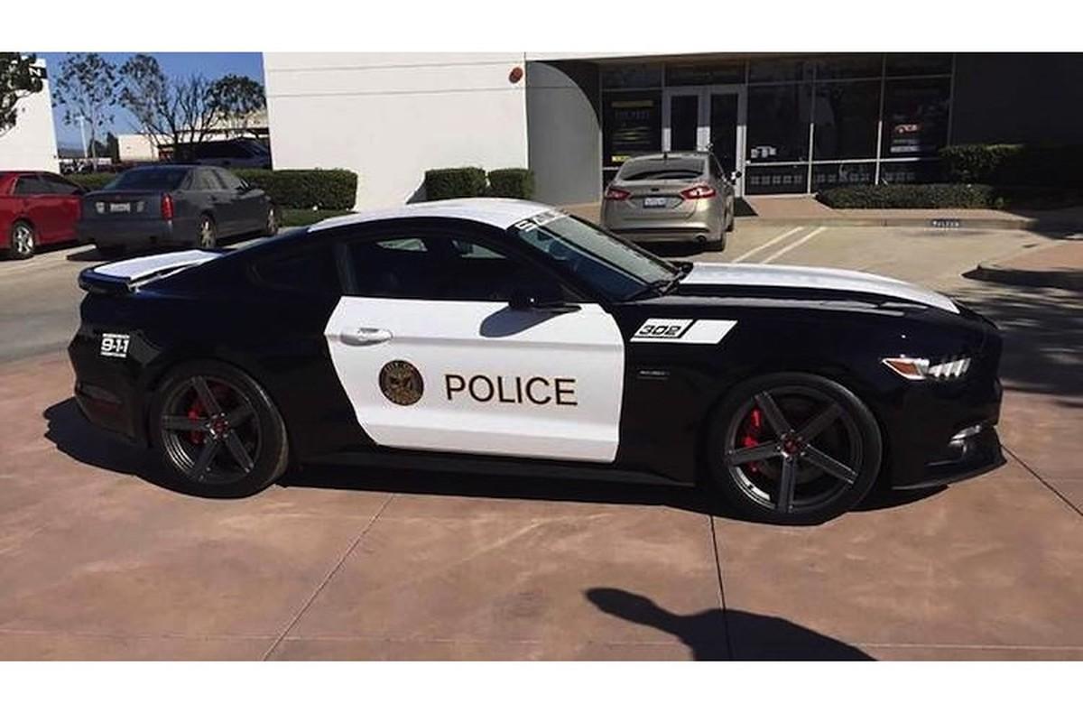 """Xe do Ford Mustang """"hang khung"""" cua canh sat California-Hinh-6"""