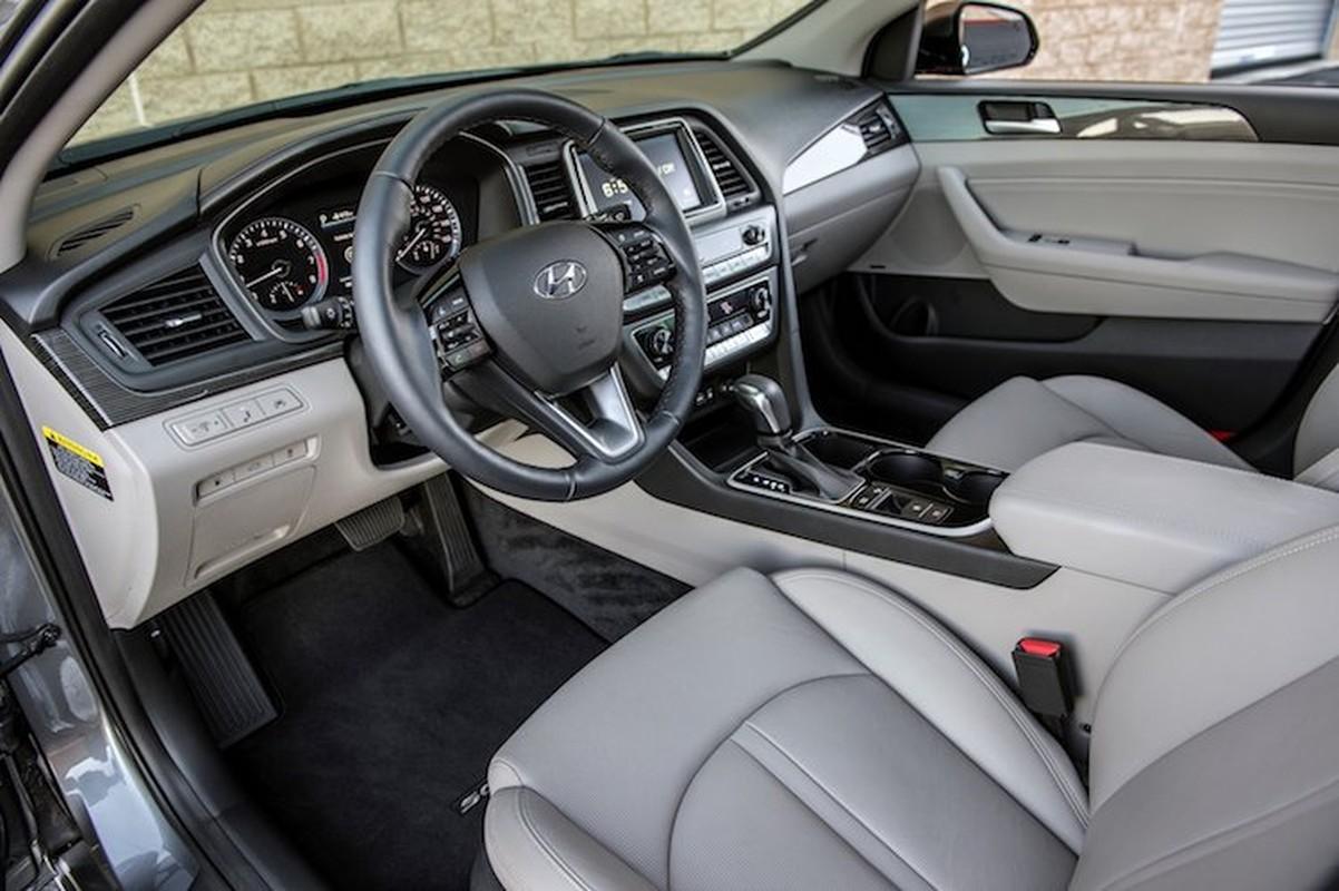 """Dau"" Toyota Camry, Hyundai Sonata 2018 chot gia 500 trieu-Hinh-4"