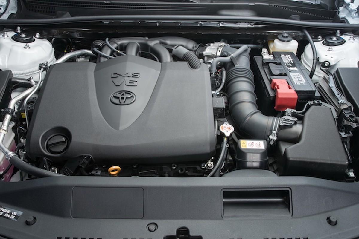 "Toyota Camry 2018 ""chot gia"" tu 534 trieu-Hinh-7"