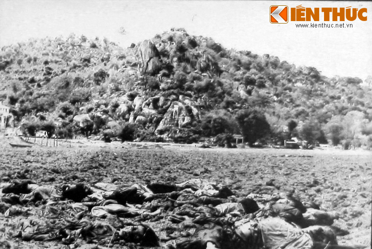 Loat anh soc: Toi ac khung bo cua Khmer Do o VN (2)-Hinh-3