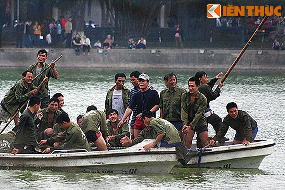 Anh doc: Bo doi dac cong bat cu Rua ho Guom 2011-Hinh-16