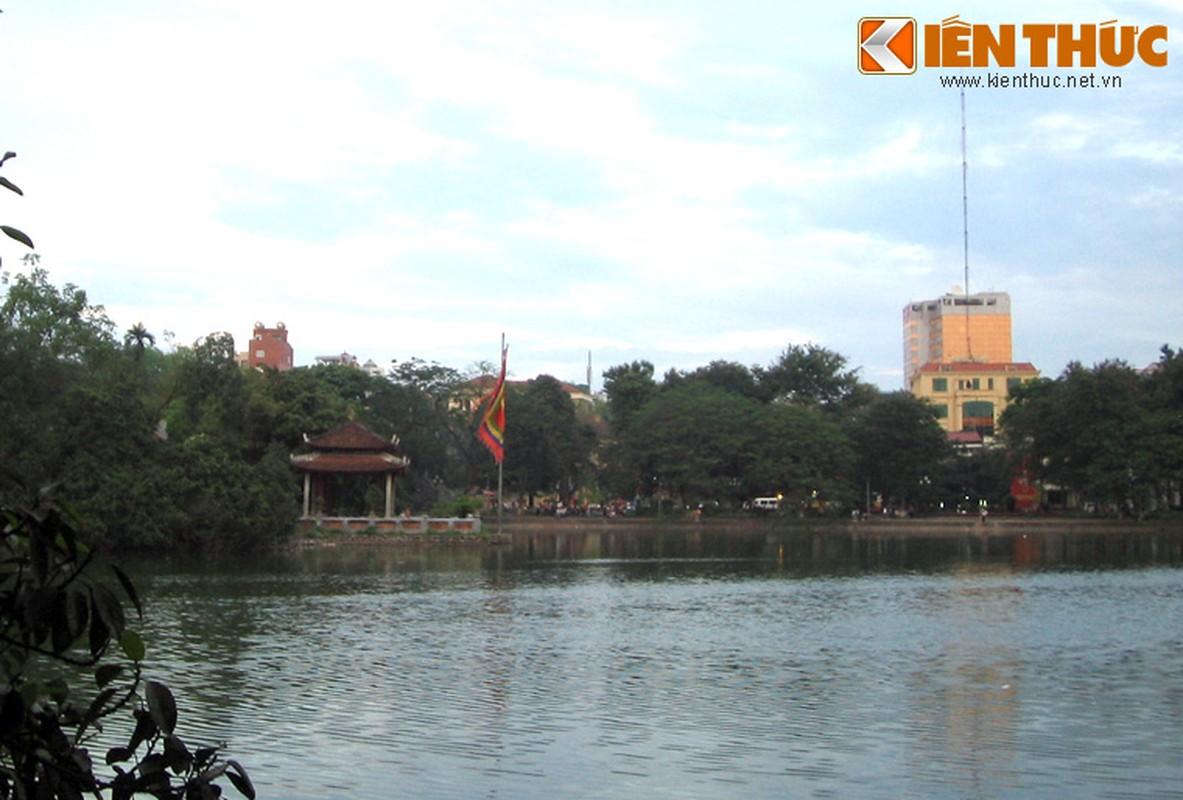 Can canh dung nhan cu Rua Ho Guom qua doi nam 1967-Hinh-4