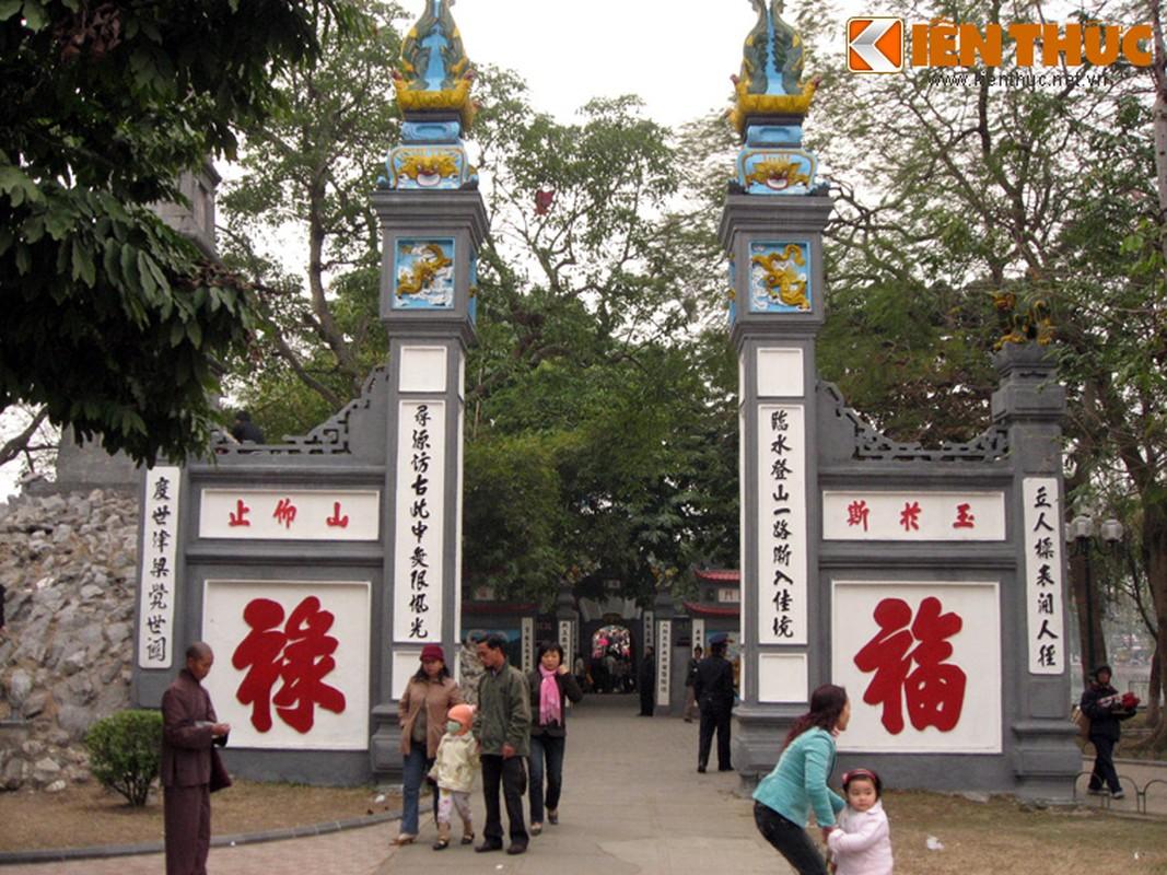 Can canh dung nhan cu Rua Ho Guom qua doi nam 1967