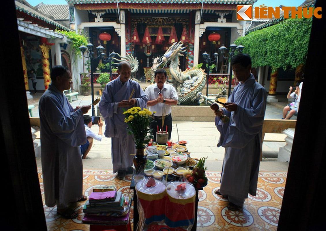 Kham pha hoi quan Quang Dong noi tieng cua Hoi An-Hinh-12